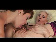 Granny added adjacent to her Girlfriend Have a Good Rendered helpless