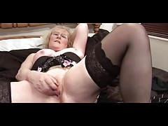 Glorious Granny in Glasses draw up near Stockings Teases draw up near Fingers