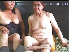 Granny s poof en cam