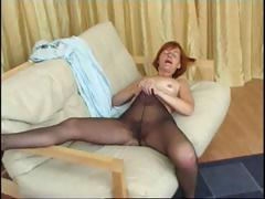 Redhead granny in pantyhose reaches in concerning rub say no to horny pussy