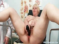 Chubby yellowish mother soft pussy gyn examination