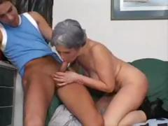 Granny gets a younger lasting cock to drag inflate on and get fucked by