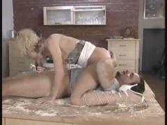 Craving for filthy pussy licking scenes – discover amazing granny porn content on best tube!