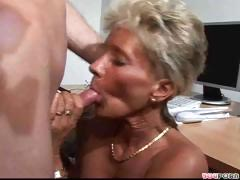 Grown-up Young gentleman Gets Her Pussy Licked