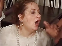 Mature gets mouth full be profitable to cum