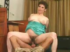 Exemplar mature Auntie gets drilled in will not hear of very hairy foundry