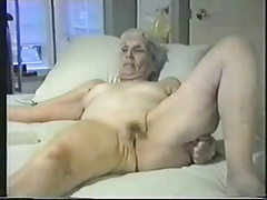 Enjoy this granny fully nude. Inexpert