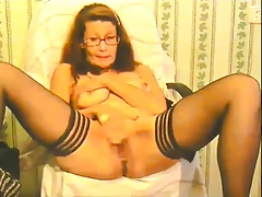 slutty granny plays coupled with squirts