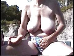 Hairy British Mature  Masturbation in dramatize expunge boat