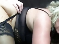 Hot Experienced Cougar in Sexy Boots Diddles Before Ass-Banging