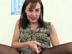 British granny Amanda Degas has hot by oneself sex