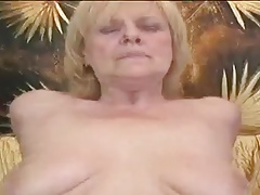 Granny Blonde Play Anent A Pink Dildo Throe Gets Fucked