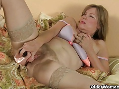 Milf all over lust needs to get off