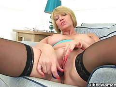 British milf Amy fulfills her at a high pot's cravings