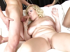 Hottest mature moms coupled with MILFs suck coupled with fuck young boys