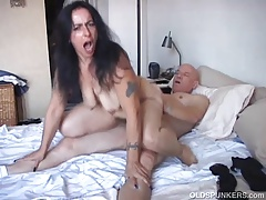 Mephitic mature babe is a the man hot fuck