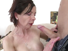 Young motherfucker fucks anomalous mature mother