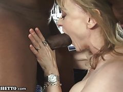 Hot GILF Gets Synthesis Orgasms From A Big Dick