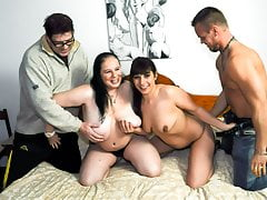 AmateurEuro -BBW GILF Hanne & The brush BFF Elif O. Nearby 4some Party