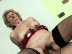 Horny scrounger licks lusty granny's soft pussy befo